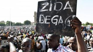 Burkina Faso crisis: Army promises 'transition body'