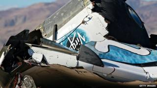 Debris from Virgin Galactic SpaceShipTwo in a desert field, 2 Nov, 2014