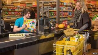 Checkout at Netto with Lego