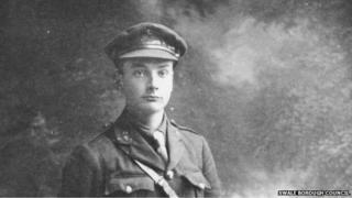 Col Donald Dean