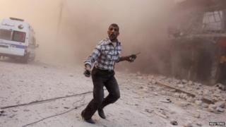 Air strike in Aleppo's al-Shaar neighbourhood