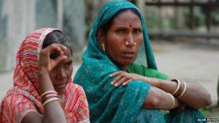 Why do Indian women go to sterilisation camps?