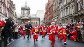 Young runners complete Santa run