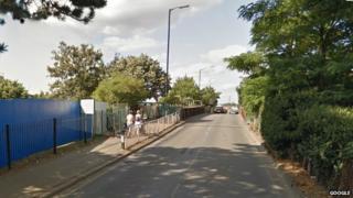 Stoke Poges Lane bridge