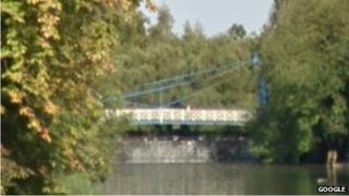 York Road foot bridge, Leamington Spa