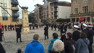 Wreath-laying ceremony in Leith