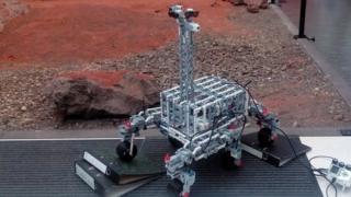 Lego rover