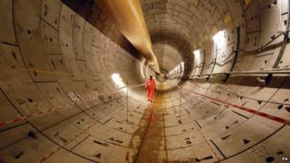 First completed section of Crossrail tunnel
