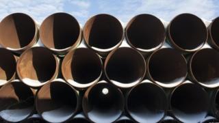 Труби до нафтопроводу Keystone у Північній Дакоті