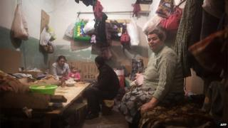 Residents in Donetsk have been taking refuge from fighting for months (17 Nov 2014)