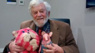 Peter Firmin with the original Bagpuss and a Clanger