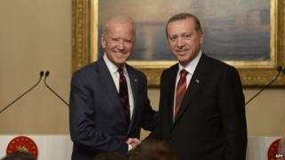 US Vice President Joe Biden (left) with Turkish President Recep Tayyip Erdogan in Istanbul, 22 November 2014