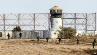 Archive photo of the border fence between Israel and the Gaza Strip