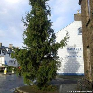 The original Christmas tree sparked complaints on social media