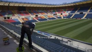 A worker at Jerusalem's Teddy Stadium (file)