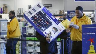 BestBuy shoppers in store