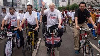 Boris Johnson on the mass cycle ride in Jakarta
