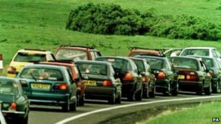 Traffic on the A30