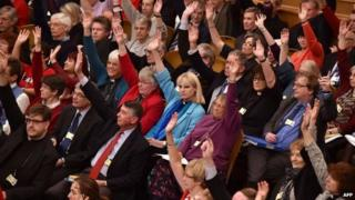 Members of the Church of England's general synod cast their votes in favour of women bishops on 17 November 2014