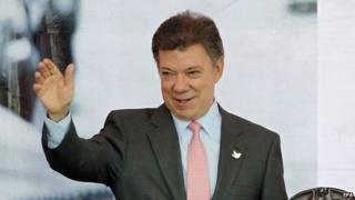 Colombian President Juan Manuel Santos speaks in Bogota on 1 December 2014.