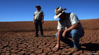 Australia farmers have seen their incomes badly affected by drought (file photo 2010)