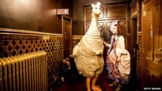Alix Ross playing Pricilla The Goose