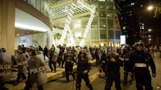 Mexico city riot police Dec 1 2014