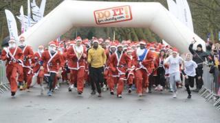 Santa run in Victoria Park