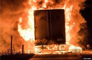 Lorry fire on M1 in Northamptonshire near Crick junction