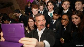 Chris Hadfield takes selfie with kids
