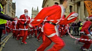 Santa run in Oxford