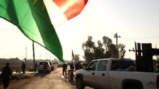 Iraqi Kurdish flag and vehicle in Jalawla