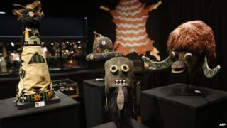 A Puebloan Chakwaina mask, a Kachina Buffalo mask and a Zuni Kachina Shalako appeared in Paris, France, on 14 December 2014