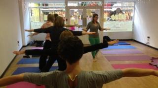 yoga pop up shop