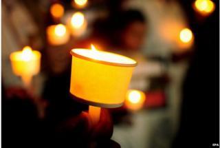 vigil remembering Pakistan school victims 17 December 2014