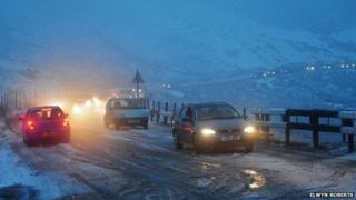 Snow on the A470 near Dolgellau