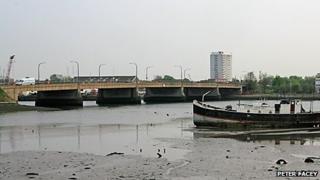 Northam Bridge