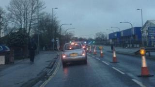 Traffic on Northam Bridge