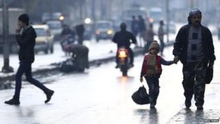 Civilians in Aleppo (02/01/15)