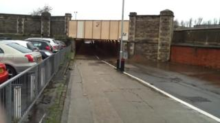 Underpass between Station Road and the Oasis Leisure Centre