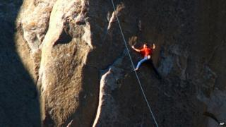 Tommy Caldwell climbs Pitch 15