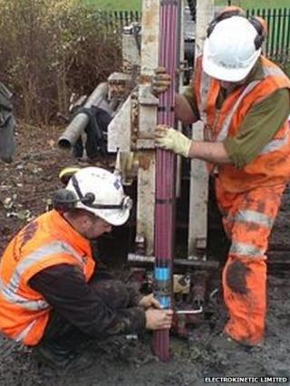 Installation of EKG materials into a railway embankment on an earlier project