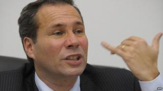 Alberto Nisman gives news conference in Buenos Aires on 20 May 2009