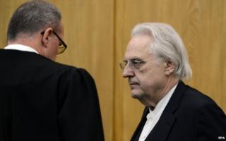 Helge Achenbach on trial in Essen (15 Jan)