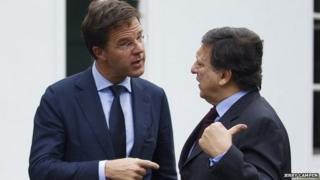Former Commission president, Jose-Manuel Barroso, (right) exchanges views with Dutch prime minister, Mark Rutte.