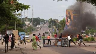 Opposition supporters protest in Kinshasa on 19 January 2015