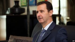 Bashar al-Assad speaks to a Foreign Affairs reporter (26 January 2015)