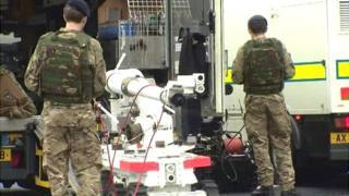 Army bomb disposal team