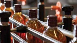 whisky bottling