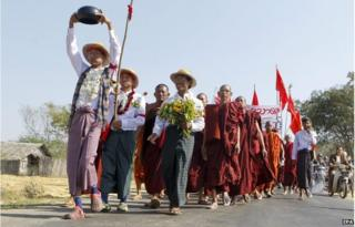 Student activists and Buddhist monks take part during the protest march demanding an amendment to the National Education Bill near Taung Tha township, Mandalay division, Myanmar, 28 January 2015.